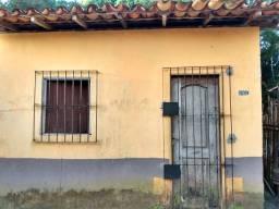 Vendo uma casa na quinta rua número 62 no bairro São Francisco em Marituba