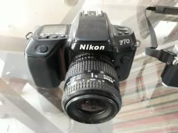 Câmeras antigas e lentes