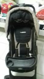 Carrinho de bebê 500,00