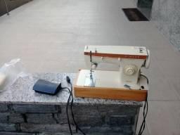 Máquina de costura 500 reais, aceito propostas