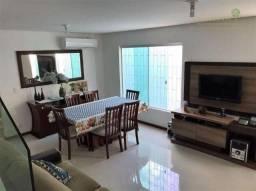 Casa geminada 3 dormitórios sendo 1 suíte com living para 2 ambientes