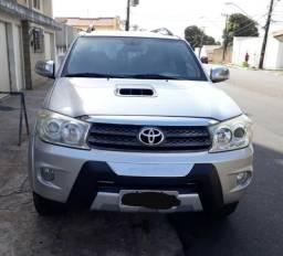 Hilux sw4 srv 3.0 d-4d 4x4 automatica diesel 2010/2010 - 2010