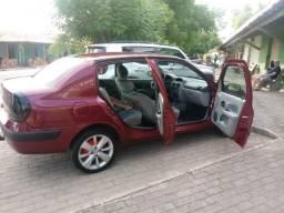 Clio 1.0 - 2005