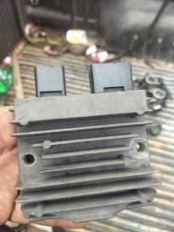 Regulador de voltagem da Hornet
