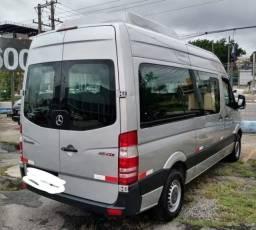 Compre sua van de forma parcelada e tenha aquela tão sonhada renda extra. Confira