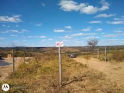 Agio de chacara de 2 hectares.Sinal +297,00 mês