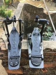 Pedal duplo de bateria