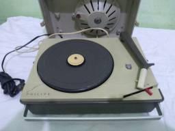 Vitrola Vintage Philips anos 60 Modelo NG-1151 4 rotações