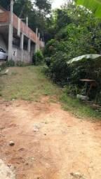 Vende se terreno no bairro Vinhosa