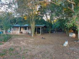 Velleda oferece espetacular sítio de 3,8 hectares, casa, galpões e açudes