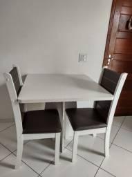 Mesa MDF com 2 cadeiras NOVAS