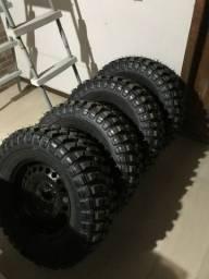 Jogo de pneus e aro 245 70 16
