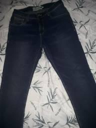 Calça jeans azul marinho skinny