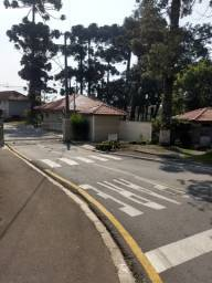 Alugo apartamento em condomínio fechado, Village Campo Belo. Umbará