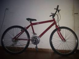 Bicicleta Max nova pouco uso dois peneos novos