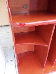 vendo um rack r$ 200 entrego