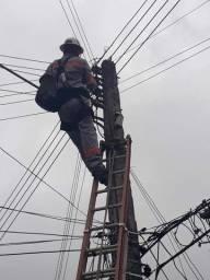 Eletricista de alta e baixa tensão