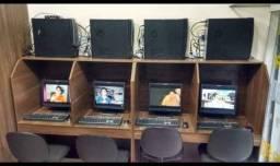 Baia de computador de 4 lugar