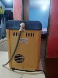 Purificador de água refrigerada