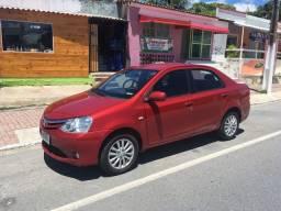 Toyota Etios XLS top