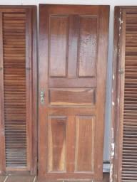 Vendo essa porta de 80 e duas Fixa