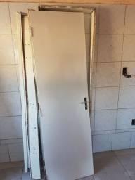 Vendo porta para banheiro