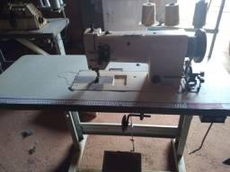 Máquina de costura bitolinha