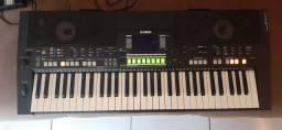 Teclado Yamaha psr S550 (550B)