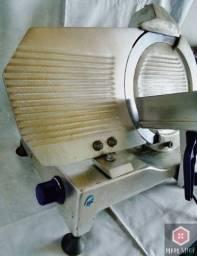 Cortador/fatiador de frios GLP 330 usado
