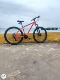 Bike aro 29 em ótimas condições