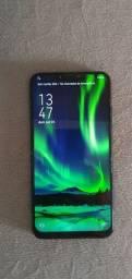Smartphone Asus Zenfone 5 com 128Gb de armazenamento e 4Gb de RAM super conservado.