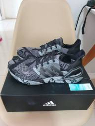 Tênis Adidas Ultraboost 21 (43) NOVO