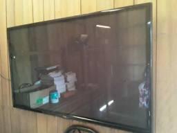 Vendo essa televisão LG 52 polegada interessados entrar em contato *