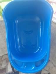 Banheira de bebê azul
