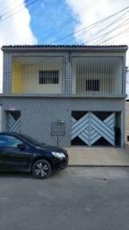 Alugo casa 1° andar João Sampaio 1