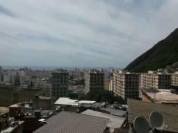 Alugo  casa em Copacabana ladeira  dos tabajaras