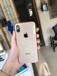 Iphone XS dourado