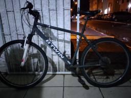 Bike 26 marchas BTWIN  (DECATHLON) amortecedor dianteiro. 180 R$
