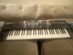 Teclado Sintetizador Rolland Juno G