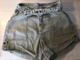 Short/ Bermuda jeans verde