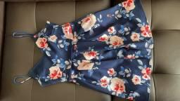 Vestido curto florido R$30