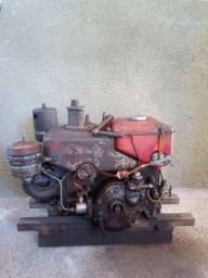 Vendo motor yanmar b8