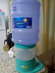 Galão de água mineral e filtro