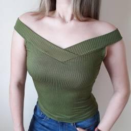 Blusas Caneladas na promoção