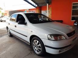 Astra Sedan 1.8 8v 2000/2001 * Completo
