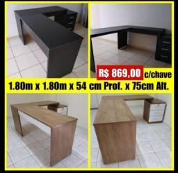 Título do anúncio: Mesa em L 1.80m x 1.80m/1.38m canto Nova com 3 gavetas telescópicas - 2 cores