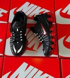 Tênis Nike 12 MOLAS preto/vermelho (ENTREGA GRÁTIS)