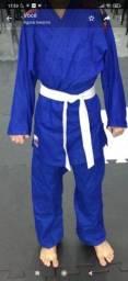 Kimono karatê- Jil-jitsu  100,00