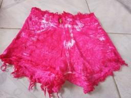 Lote de shorts jeans Tam 36 s/ Lycra. 45 reais