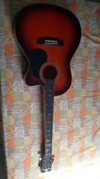 Vendo violão completo com afinador automático bem conservado